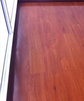 荣登拼花地板,实物看着很满意,颜色漂亮大气,硬度不错。